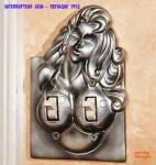 E11.-Humour-Interrupteur-Retro-Sein-Pathique.jpg