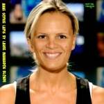 J2.-Portrait-Anne-Sophie-Lapix-Presentatrice-By-Laure-Manaudou-Blonde.jpg
