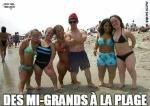 R20.-Humour-Des-Mi-Grands-a-La-Plage-.jpg