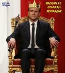 Y11.-Politique-Emmanuel-Macron-Le-Nouveau-Monarque-2017-.jpg
