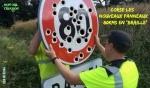 AE6.-Humour-Corse-Panneau-80-en-Braille.jpg