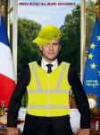 AH29.-Politique-Macron-Reconverti-Au-Jaune.jpg